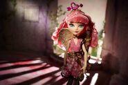 Diorama - Cupid stands regal