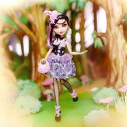 Facebook - Duchess Swan doll reveal