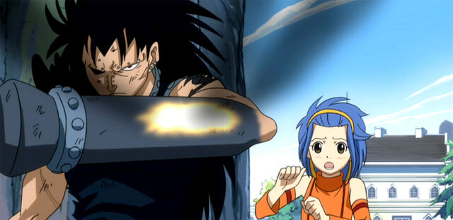 File:Gajeel save Levy.jpg