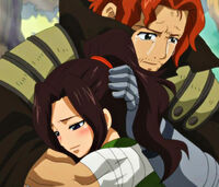 Gildarts hugs Cana (Close Up).jpg