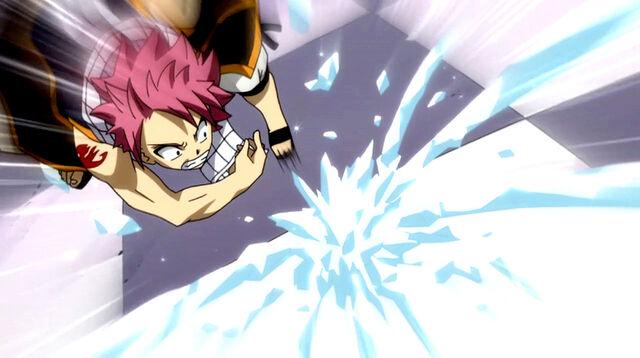File:Gray attacks Natsu.jpg