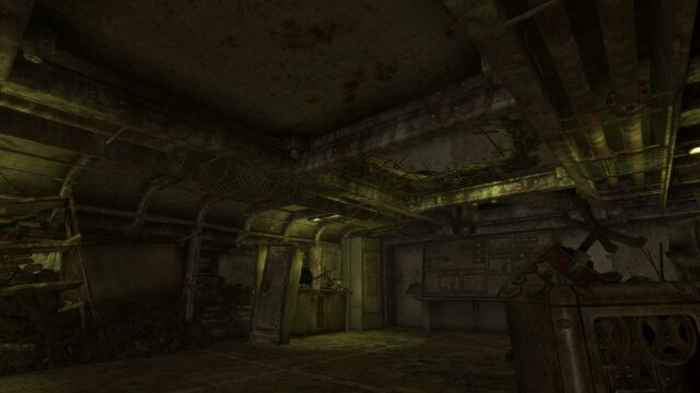 File:Broken ceiling in Vault 34.jpeg