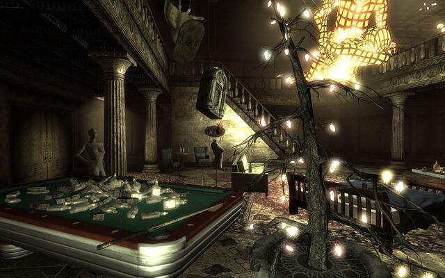 File:Dukov's Place Hall.jpg