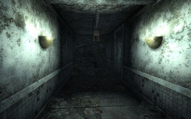 File:Chryslus Building Battering ram trap.jpg