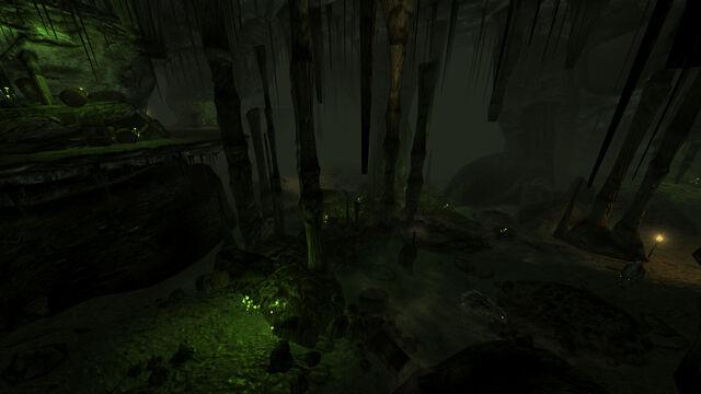 File:Broc flower cave interior.jpg