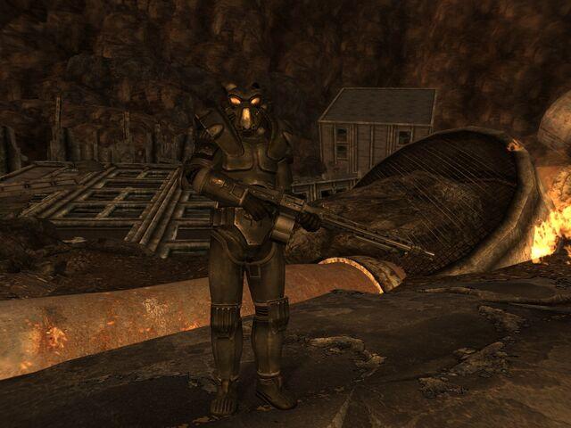 File:MG-42 armed CRONOS.jpg
