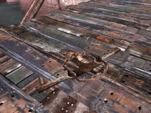 File:Treacherous Road bear trap.jpg