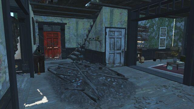 File:Old Gullet Sinkhole exit.jpg