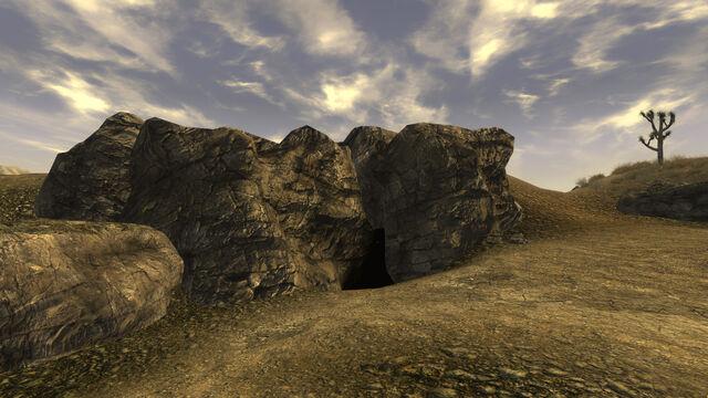 File:Searchlight North Gold Mine.jpg