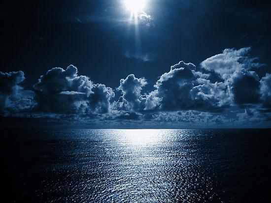 File:1778072-3-dark-blue-day.jpg