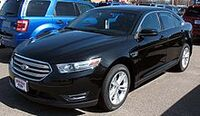 220px-2013 Ford Taurus SEL