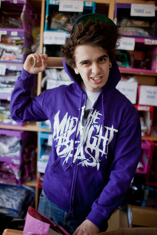 File:Midnight beast purple.jpg