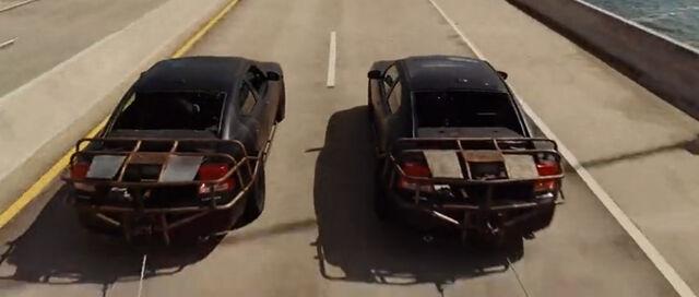 File:Vault Heist Chargers (Bridge rear).jpg