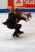 Nathalie Pechalat & Fabian Bourzat Spin - 2006 Skate America