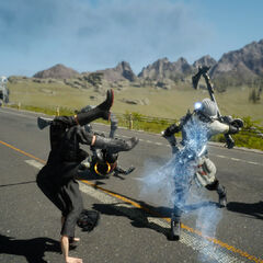 Noctis using teleportation to dodge an attack.