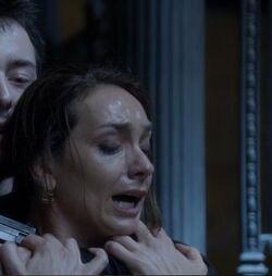 1x16 Female Hostage