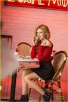 320px-Bella-thorne-candies-fall-2014-campaign-photos-11