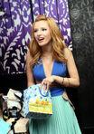 Bella-thorne-Sweet16-Birthday-Party-(8)