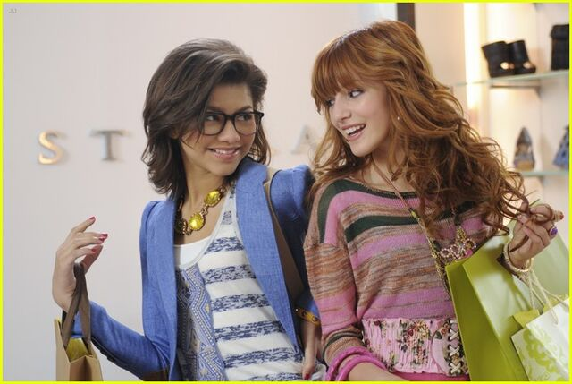 File:Frenemies-official-pics-192.jpg