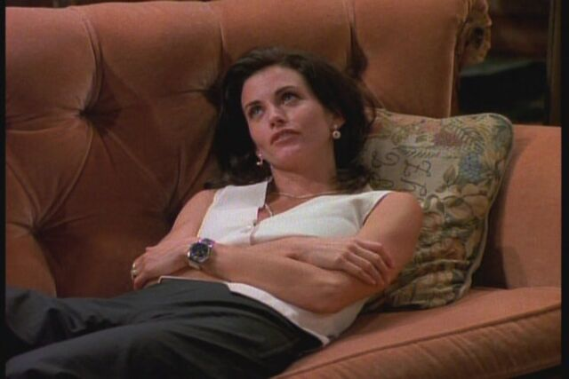 File:1x02-TOW-the-Sonogram-At-the-End-ross-and-monica-geller-26595585-720-480.jpg