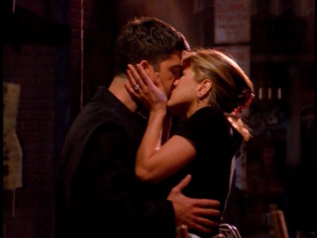 File:2x07 Big Kiss.jpg