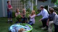 Fuller House S01E01 Screenshot 008