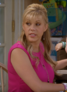 Stephanie Tanner Fuller House 016