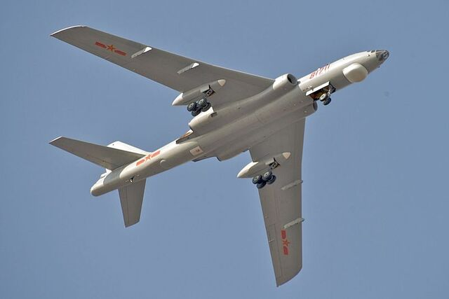File:800px-PLAAF Xian H-6M Over Changzhou.jpg