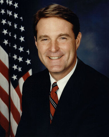 File:Evan Bayht.jpg