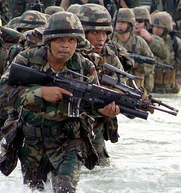 File:Malaysian-soldiers.jpg
