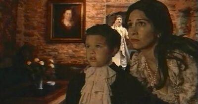 Von Glowers mother