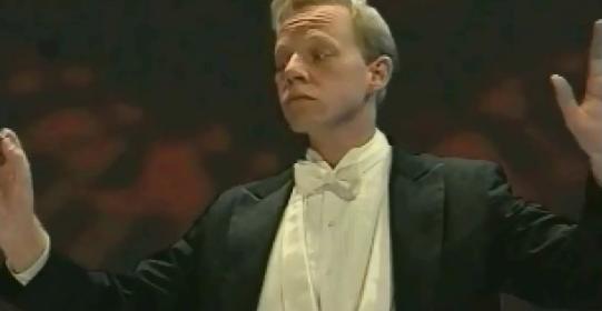 File:Georg conducting.jpg