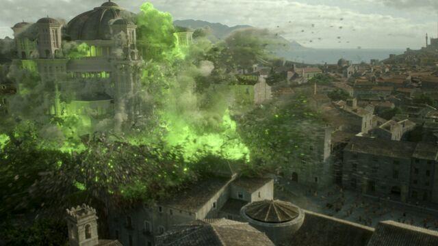 File:Sept of Baelor Destruction Wider Shot, Season 6 Episode 10..jpg