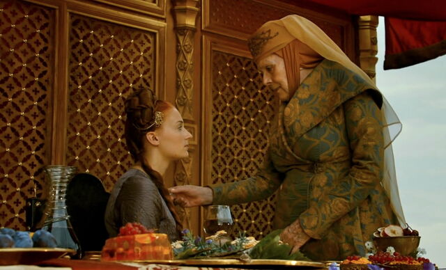 File:Olenna and Sansa 2.jpg