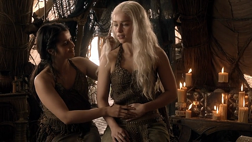 File:Lord Snow Irri Dany pregnant.png