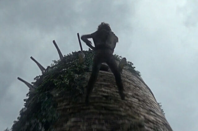 File:Bran falling from tower s1.jpg