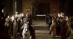 Tywin court 2x10