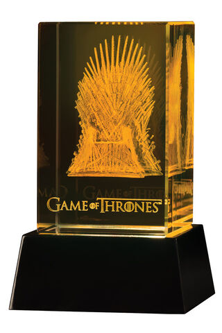 File:Dark Horse Action Figures 3D Iron Throne 001.jpg