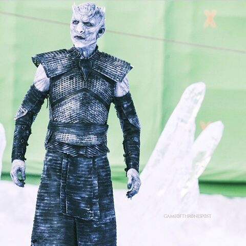 File:Night's King behind the scenes greenscreen.jpg