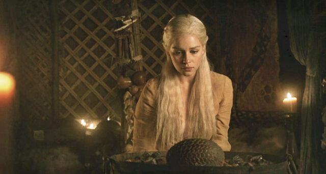 File:Dany and the egg.jpg