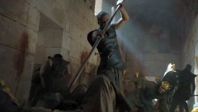 File:Grey worm sons of harpy fighting.jpg