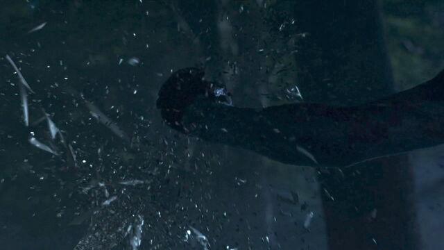 File:Sam's sword White Walker 3x08.jpg