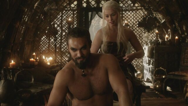 File:Drogo and Dany.jpg