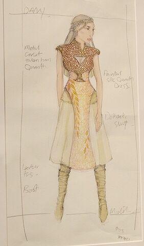 File:Daenerys costume Qarth first modified variant.jpg