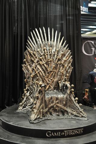 File:Wondercon-iron-throne.JPG