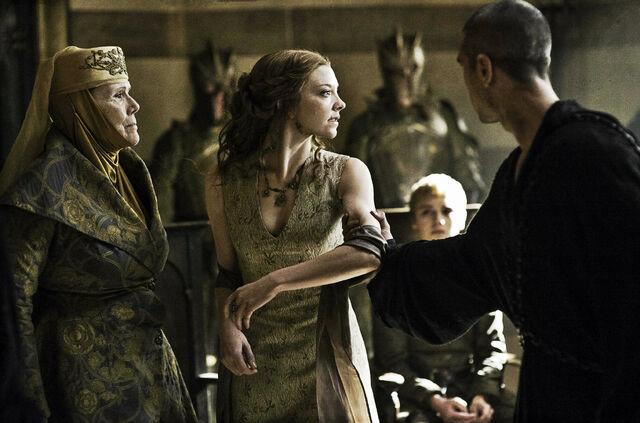 File:Margaery dragged away.jpg