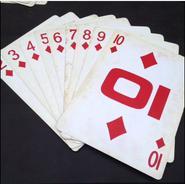 Top card diamonds court