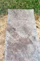 John-elizabeth-hores-grave-top-slab-west-dapto-nsw