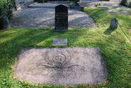 Odmark Naslund gravestone