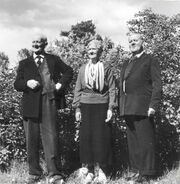 Nannys syskon, (tre av fem) Från v. Henrik (fyller 80 här) E